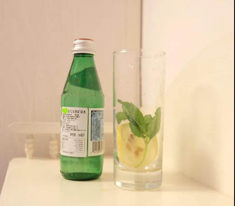 夏日清爽饮品DIY――薄荷柠檬苏打